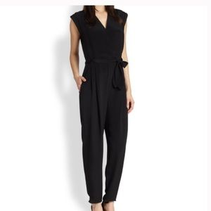 Theory black pocketed jumpsuit women's size 8